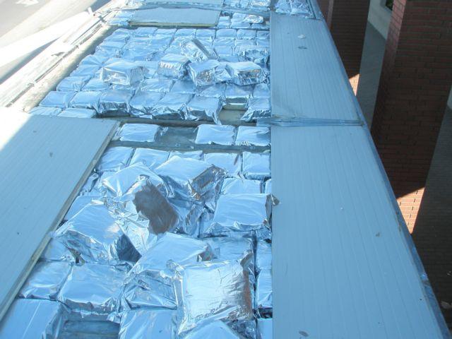 Βρέθηκαν περίπου 700 κιλά κάνναβης σε κρύπτη φορτηγού | tovima.gr