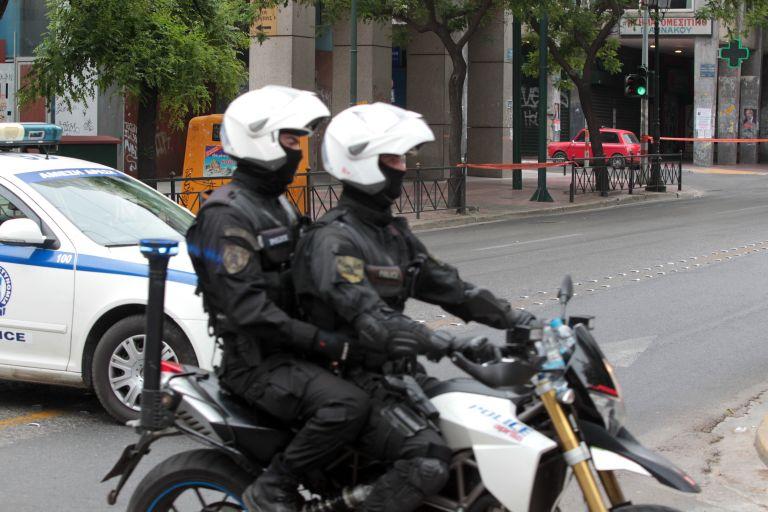 Κρήτη: Συλλήψεις  για παράνομη πώληση αερίου του γέλιου | tovima.gr