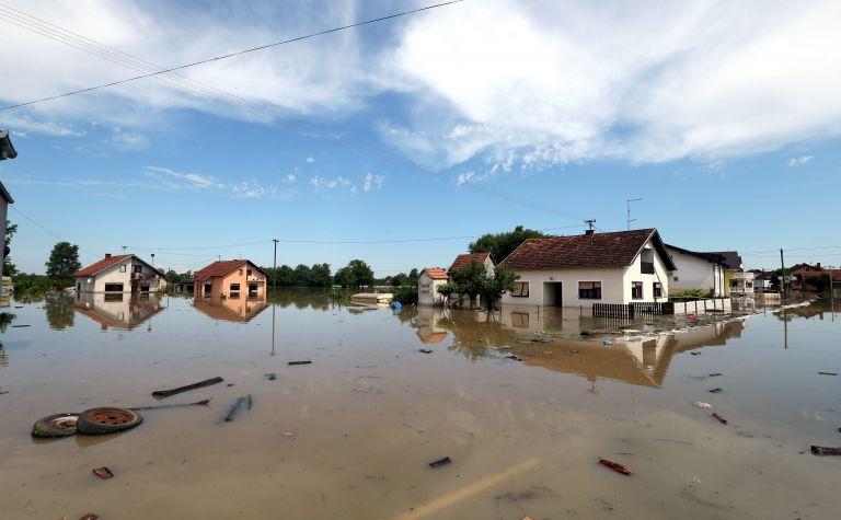 Σερβία – Βοσνία: Αυξήσεις τιμών, κλοπές και πολιτικές εντάσεις | tovima.gr