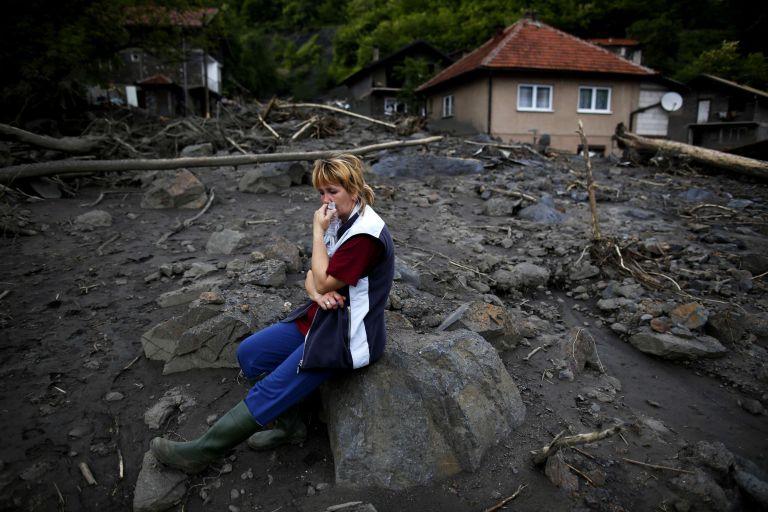 Βαλκάνια: Μάχη για επιβίωση μετά τις πλημμύρες – Στους 50 οι νεκροί | tovima.gr