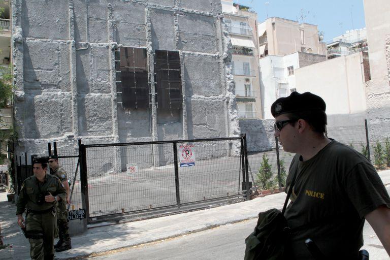 """Revolutionary Self Defense"" group claims assault against PASOK HQ | tovima.gr"