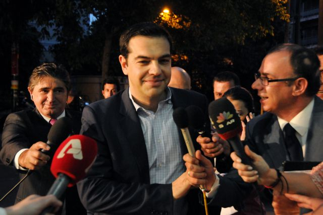 """Tsipras demands general elections """"as soon as possible"""" 