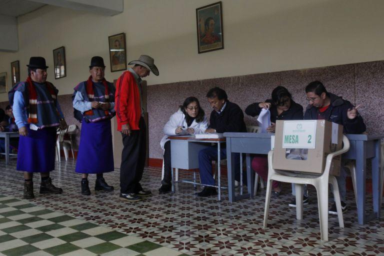 Κολομβία: Στο β΄γύρο η εκλογή του προέδρου και ο διάλογος με τους αντάρτες | tovima.gr