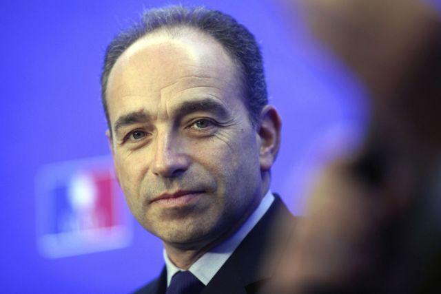 Ο γαλλικός Tύπος σχολιάζει την αποχώρηση του αρχηγού του UMP | tovima.gr
