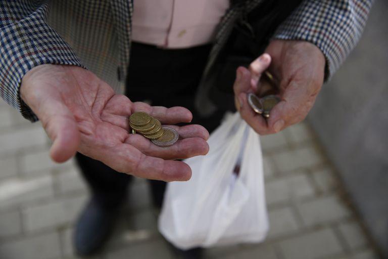 Ανεργία 27,5% και φτώχεια για το 35,5% του πληθυσμού | tovima.gr