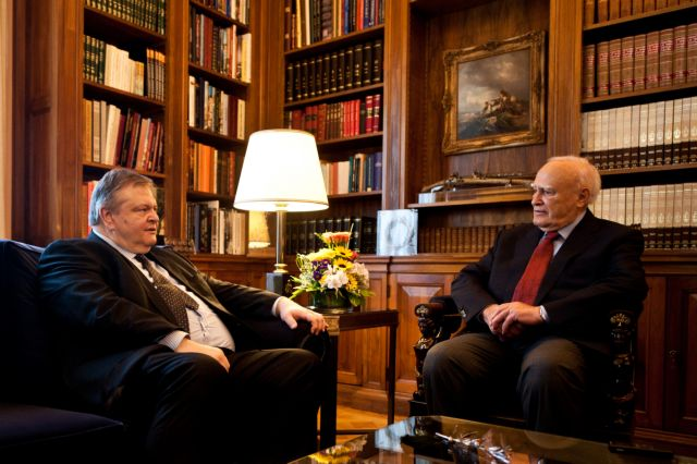 President Papoulias to receive Government VP Venizelos at noon | tovima.gr