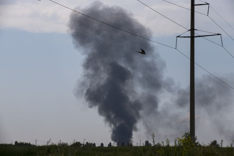 Κατάρριψη ουκρανικού ελικοπτέρου από φιλορώσους με 14 νεκρούς   tovima.gr