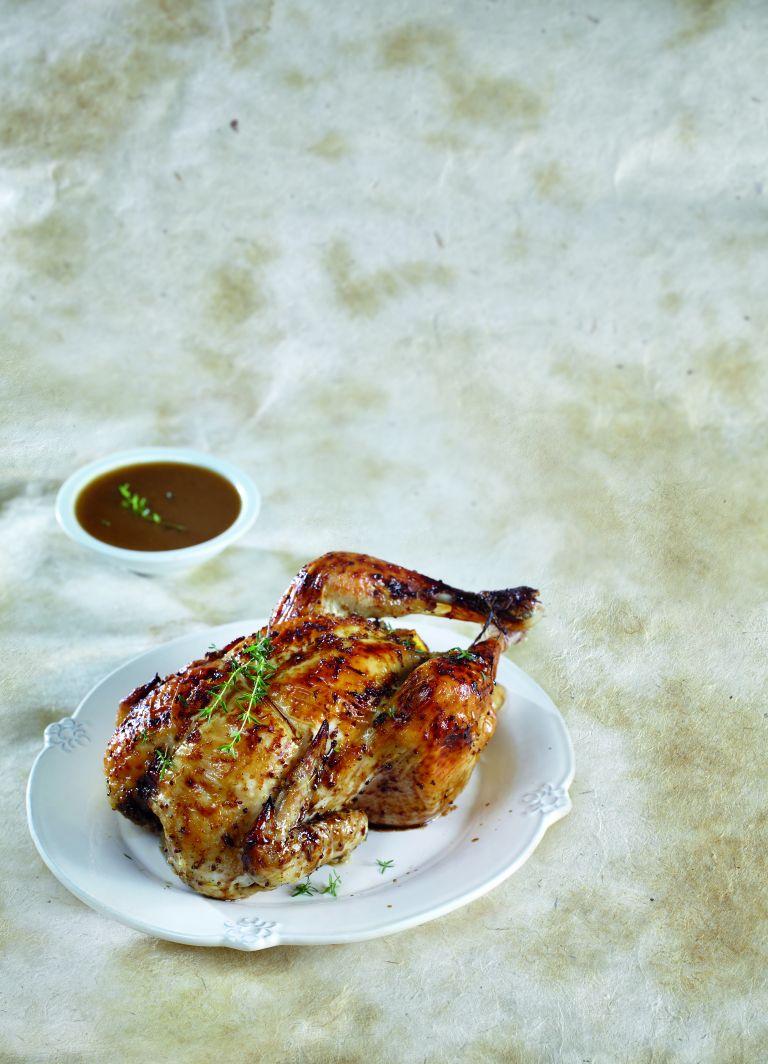 Κοτόπουλο με εσπεριδοειδή και βότανα | tovima.gr