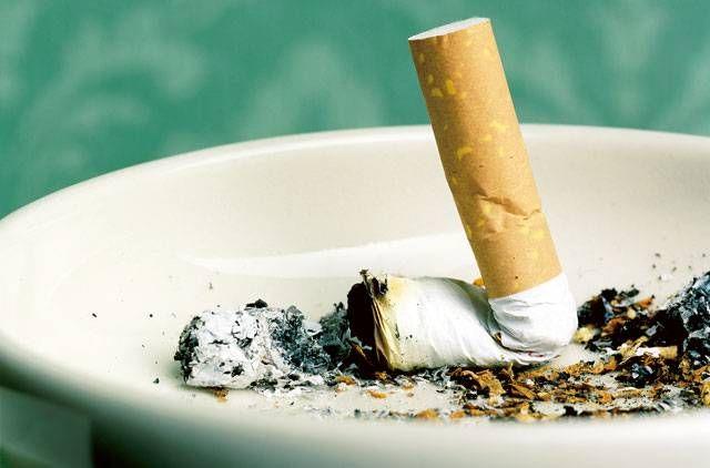 Μείωση (αλλά όχι αρκετή) των καπνιστών την τελευταία δεκαετία   tovima.gr
