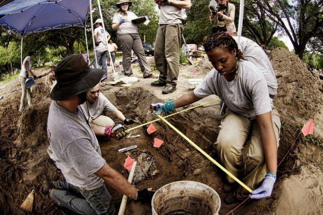 ΗΠΑ: Βρέθηκε πρόχειρος ομαδικός τάφος με οστά στο Τέξας | tovima.gr