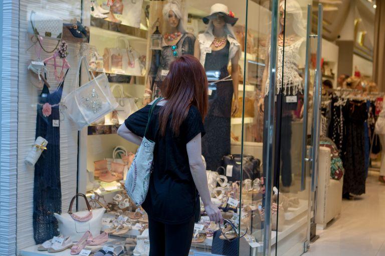 Αυξήθηκε ο τζίρος των καταστημάτων τον Απρίλιο | tovima.gr