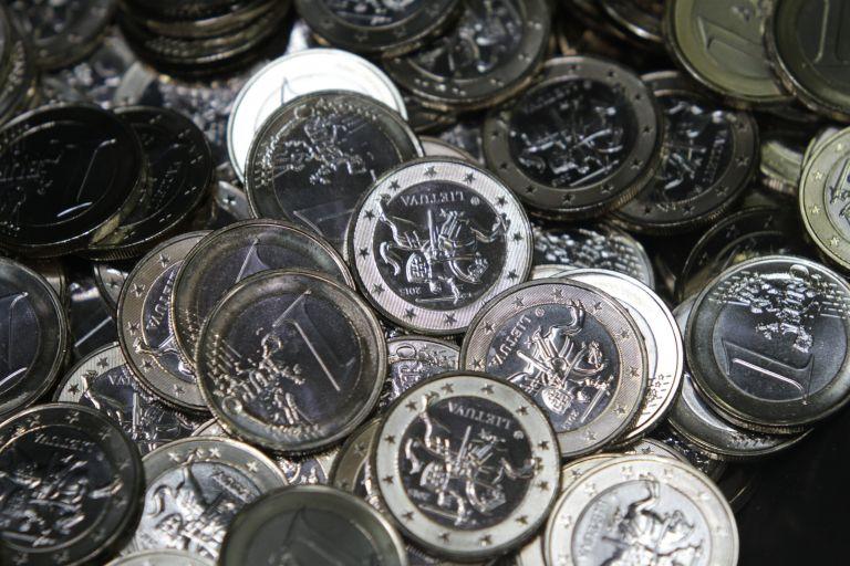 Επί τάπητος στην Ευρωβουλή η ένταξη της Λιθουανίας στο ευρώ | tovima.gr