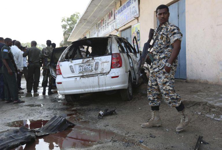 Επίθεση ισλαμιστών σε ξενοδοχείο στη Σομαλία | tovima.gr
