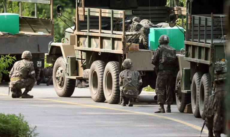 Ν.Κορέα: Συνελήφθη ο στρατιώτης που σκότωσε πέντε συναδέλφους του | tovima.gr
