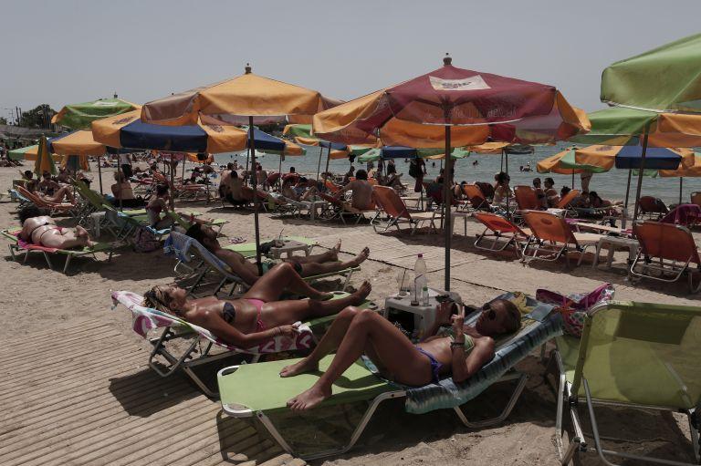 ΕΚΠΟΙΖΩ: Ολες οι παραλίες είναι κοινόχρηστου χαρακτήρα | tovima.gr