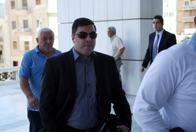Golden Dawn MP Artemis Mattheopoulos to be detained   tovima.gr