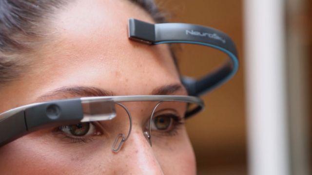 «Πειραγμένο» Google Glass λειτουργεί με τη σκέψη   tovima.gr