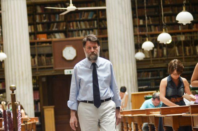 Φίλιππος Τσιμπόγλου: Τι αλλάζει στην Εθνική Βιβλιοθήκη | tovima.gr
