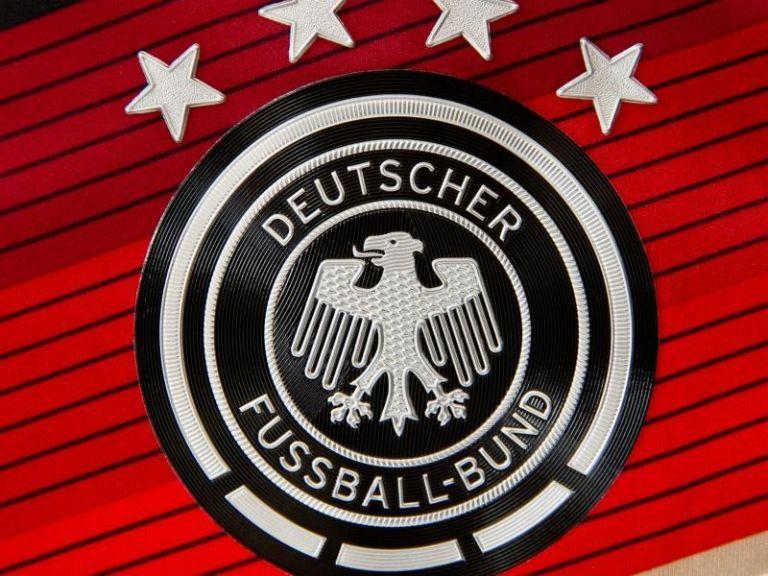 Γερμανία: Εφοδος στην ποδοσφαιρική ομοσμπονδία με φόντο το Μουντιάλ του '06   tovima.gr
