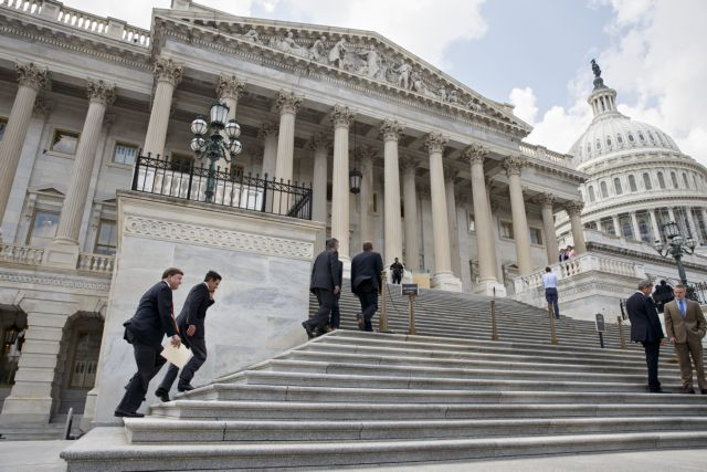 ΗΠΑ: Στα $4 δισ. εξακοντίστηκε το κόστος των ενδιάμεσων εκλογών | tovima.gr