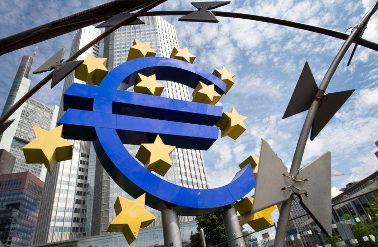 Διαφωνία Ντράγκι-Σόιμπλε για την οικονομική πολιτική στην Ευρωζώνη   tovima.gr