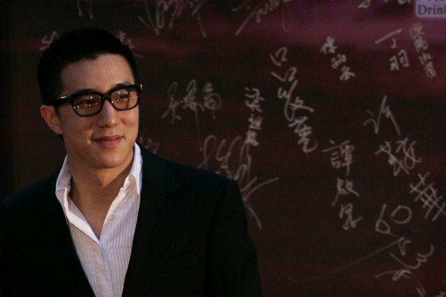 Κίνα: Ο γιος του Τζάκι Τσαν συνελήφθη για χρήση και κατοχή ναρκωτικών | tovima.gr