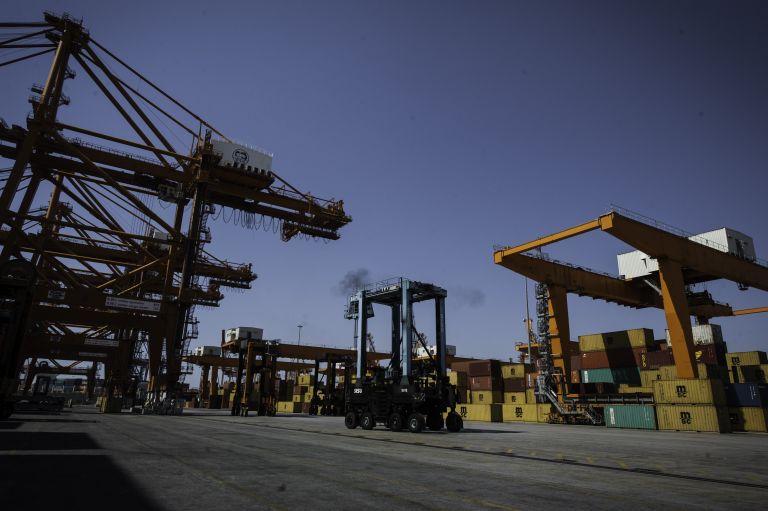 Αναστολή απεργιών στο λιμάνι του Πειραιά | tovima.gr