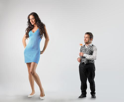 sites γνωριμιών με το υψηλότερο ποσοστό επιτυχίας ο Τσάντλερ και η Μόνικα χρονολογούνται στην πραγματική ζωή