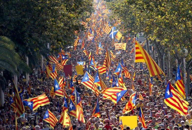 Συνταγματικό Δικαστήριο Ισπανίας: Άκυρο το δημοψήφισμα στην Καταλωνία | tovima.gr