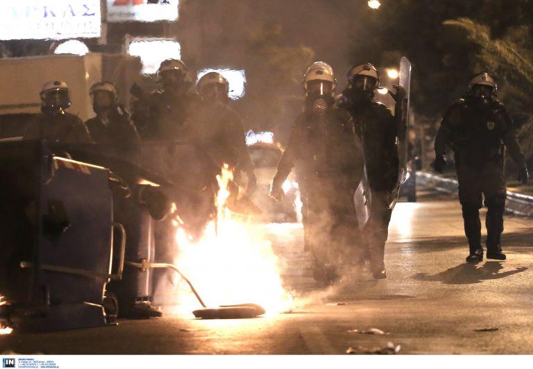 Ελεύθεροι με όρους οι συλληφθέντες για τα επεισόδια στο Κερατσίνι | tovima.gr