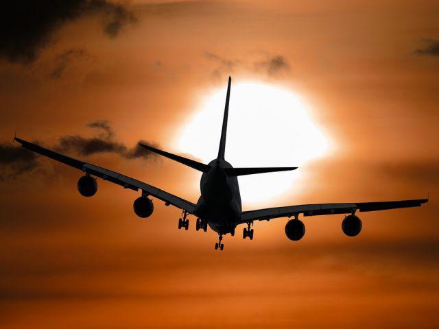 Γιατί τα αεροπλάνα δεν πετούν σε ακραίους καύσωνες | tovima.gr