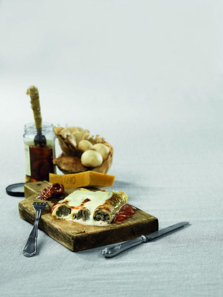 Κανελόνια με πουρέ μανιταριών και φρέσκια μυζήθρα | tovima.gr