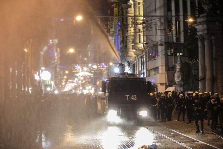 Αιματηρές διαδηλώσεις στην Τουρκία μετά την κατάληψη του Κομπανί από τους τζιχαντιστές – Δεκατέσσερις  οι νεκροί | tovima.gr