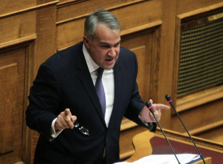 Βορίδης: Ο Δραγασάκης να πει ονόματα και να μην ρίχνει λάσπη | tovima.gr