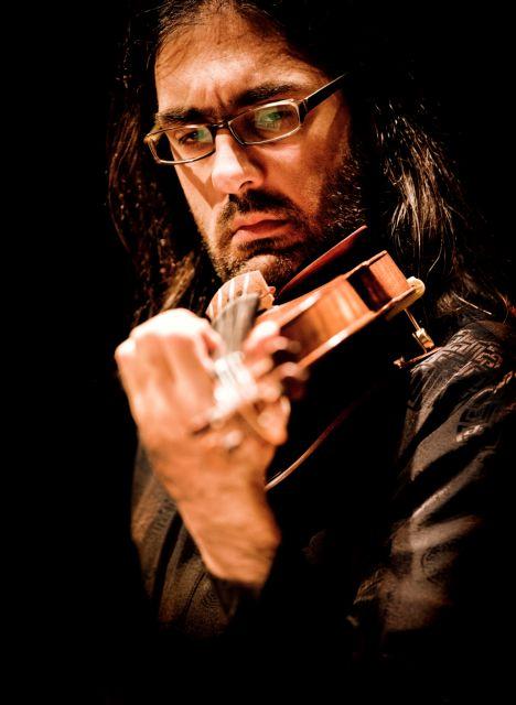 Λεωνίδας Καβάκος: Πρώτο βιολί σε όλα | tovima.gr