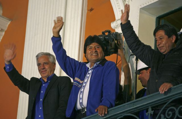 Στο 60% εμφανίζουν τα exit polls τον πρόεδρο Μοράλες   tovima.gr