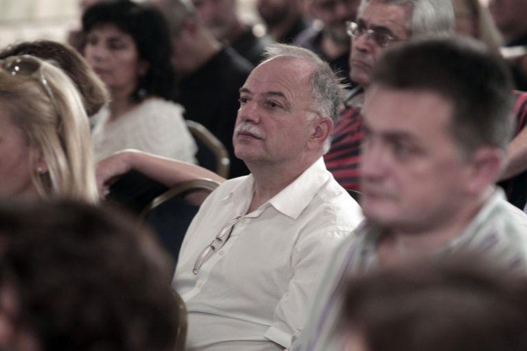 Παπαδημούλης: Αν κερδίσει ο ΣΥΡΙΖΑ θα παραμείνουμε εντός ευρώ | tovima.gr