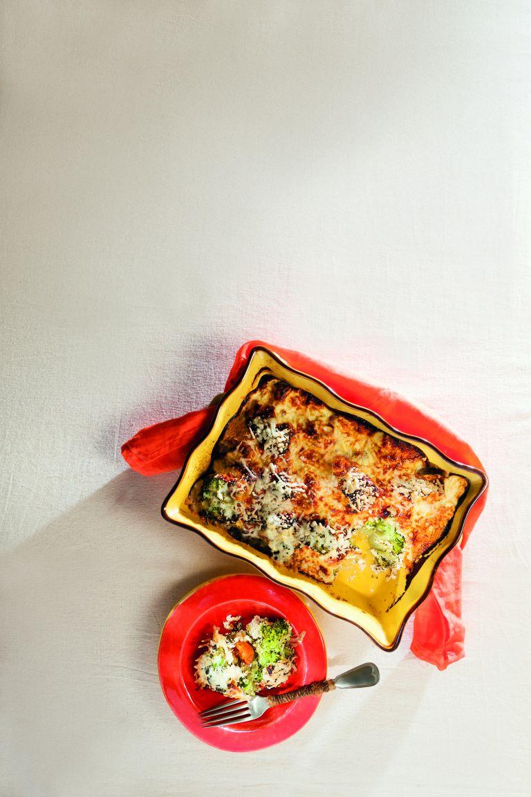 Μπρόκολο ογκρατέν με κρέμα γιαουρτιού | tovima.gr