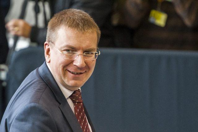 ΥΠΕΞ Λετονίας: «Ανακοινώνω με υπερηφάνεια ότι είμαι γκέι» | tovima.gr
