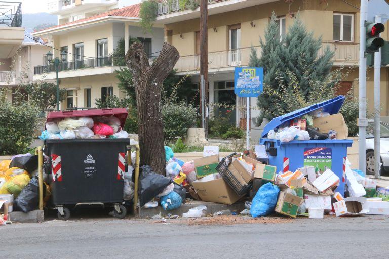 Εκ νέου σε κατάσταση έκτακτης ανάγκης η Τρίπολη λόγω σκουπιδιών | tovima.gr