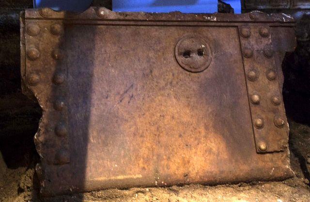 Αμφίπολη: «Κλειδί» για τα μυστικά του μνημείου το όρυγμα στον τρίτο θάλαμο | tovima.gr