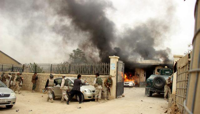 Αφγανιστάν: 10 νεκροί, 20 τραυματίες από βομβιστική επίθεση καμικάζι   tovima.gr