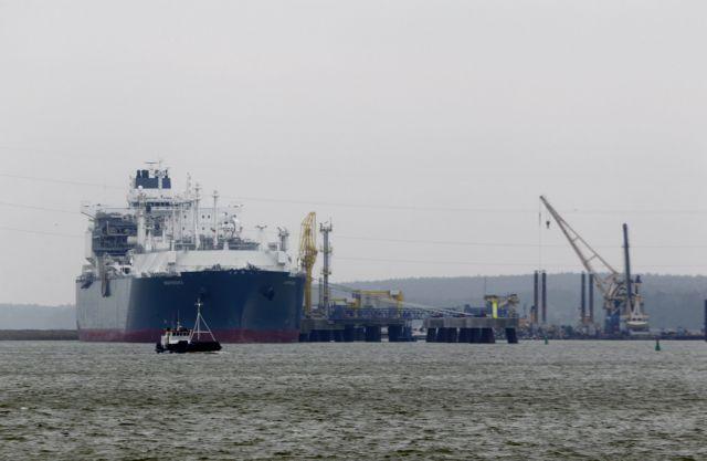 Ο εφοδιασμός της ναυτιλίας με καύσιμο LNG προχωράει | tovima.gr