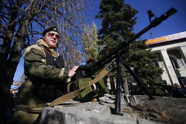 Κίεβο: Ρωσικά άρματα μάχης εισέβαλαν στην ανατολική Ουκρανία | tovima.gr