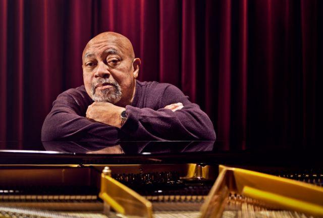 Κένι Μπάρον: Η τέχνη της τζαζ συνομιλίας | tovima.gr