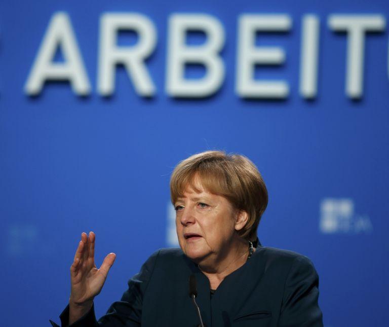Βερολίνο: Η Μέρκελ τείνει χείρα συνεργασίας στον Τσίπρα | tovima.gr