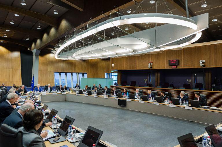 Ετοιμη να επιβάλει κυρώσεις στο Λουξεμβούργο η Ευρωπαϊκή Επιτροπή | tovima.gr