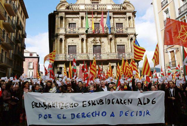 Η Καταλωνία όλο και πιο μακριά από την Ισπανία | tovima.gr