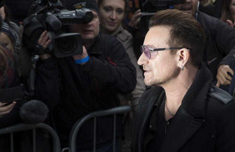 Σταρ του σινεμά και της μουσικής κατά του Έμπολα | tovima.gr