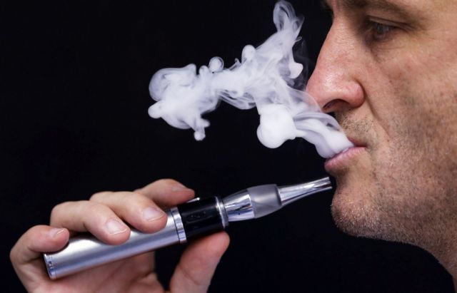 Περισσότερες οι καρκινογόνες ουσίες στα ηλεκτρονικά τσιγάρα   tovima.gr